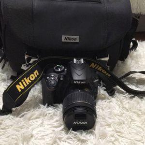 Nikon DSLR 3400 Camera Bundle for Sale in Corvallis, OR