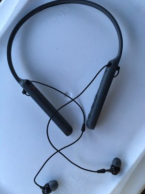 Sony bluetooth headphones for Sale in Columbus, OH