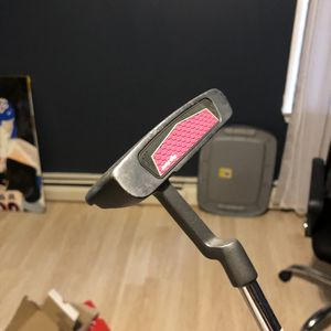 Putter for Sale in Providence, RI