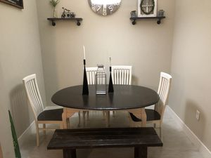 Dining table set for Sale in Delray Beach, FL
