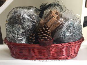 Holiday decorating basket for Sale in Sterling, VA