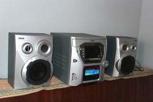 CD/Stereo System with included Bass Reflex Speakers for Sale in Lombard, IL