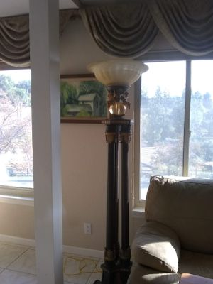 floor lamp for Sale in Glendora, CA