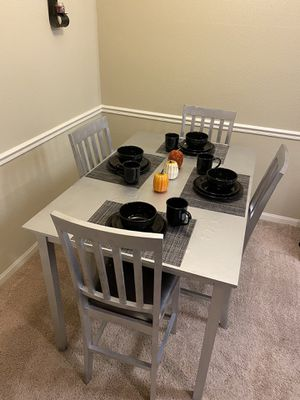 Kitchen table for Sale in Greenville, SC