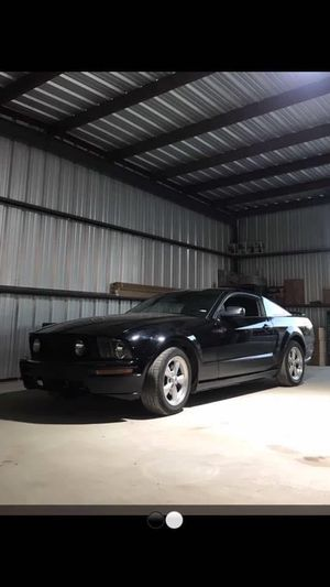 2006 mustang gt for Sale in Tolleson, AZ