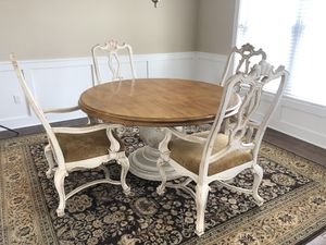 Drexel Heritage Dining Table with 4 Chairs for Sale in Cranberry Township, PA