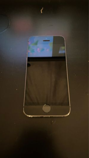 Unlocked iPhone 5s for Sale in Falls Church, VA