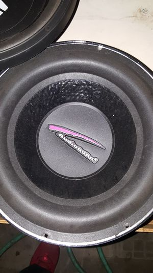 Hey DJ audio 12in speakers and one Audiobahn audio band single for Sale in San Jose, CA