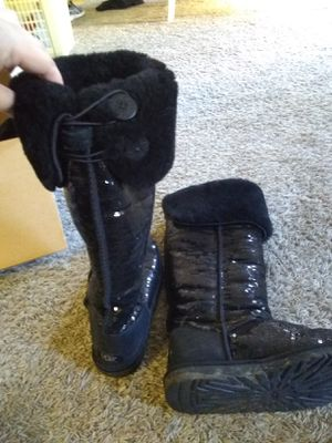 Ugg extra tall sparkly boots size 8 for Sale in Costa Mesa, CA