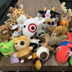 Stuffed Animal Lot! 19 Plushie Kids Toys for Sale in Ladera Ranch, CA