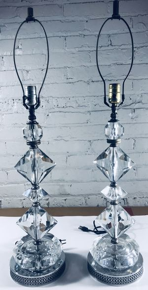 Leviton - Antique Lucite And Crystal Lamp Pair . 2- In Very Good Condition Lamps, Working! for Sale in Skokie, IL