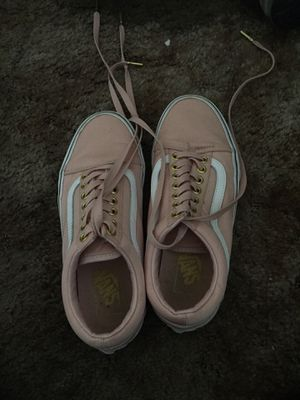 Pink and white classic vans for Sale in Redding, CA