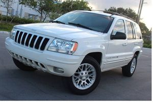 Low Miles 2004 Jeep Grand Cherokee AWDWheels for Sale in Baltimore, MD