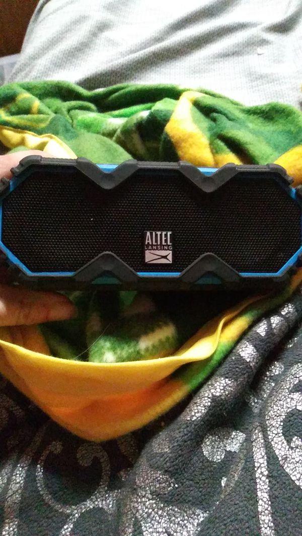 Altec Lansing Mini Life Jacket Jolt Bluetooth speaker
