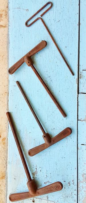 Antique tools vintage ALLEN WRENCHES w butterfly handles for Sale in Saginaw, MI
