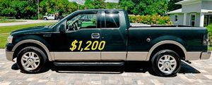 🎁$1,2OO URGENT i selling 2004 Ford F-150 Lariat 4dr truck Runs and drives great beautiful🎁 for Sale in Richmond, VA