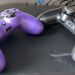 Ps4 1tb And 2 Controllers for Sale in Baton Rouge, LA