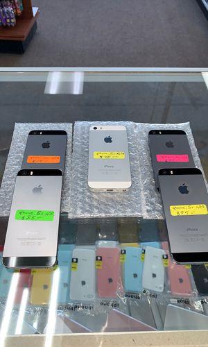 iPhone 5s 16GB UNLOCKED for Sale in Detroit, MI