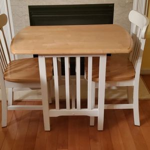 Small Farmhouse Dining Set $100 OBO for Sale in Mount Airy, MD