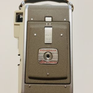Polaroid Model 80B Land Camera for Sale in Federal Way, WA
