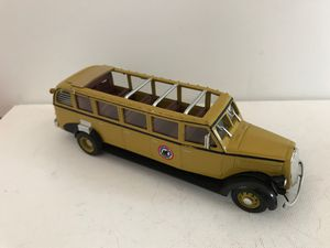 "The Open Top Bus Company -1/48 scale -1936 White Model 706 Tour Bus- Yellowstone DieCast 7"" for Sale for sale  Kirkland, WA"