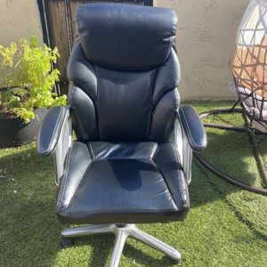 Serta Office Chair for Sale in Phoenix, AZ