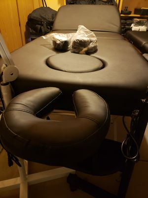 5 inch thick portable aluminum Massage table 32 inch for Sale in Glendale, AZ