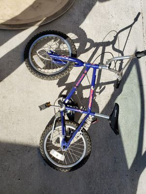 Children's Bicycle with Kickstand for Sale in Renton, WA
