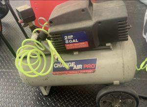 2 HP 8 Gallon Air Compressor for Sale in Alpharetta, GA