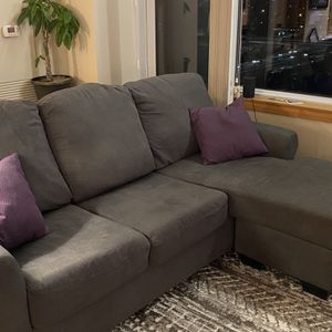 Sofa With Chaise *Pet/Smoke Free Home* for Sale in Portland, OR