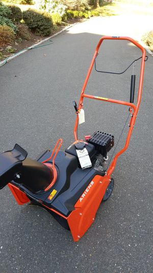 "New Ariens Professional SSR(21"") Single stage snow blower for Sale in Danbury, CT"