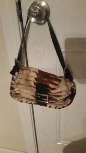 Genuine Fendi bag for Sale in Bellwood, IL