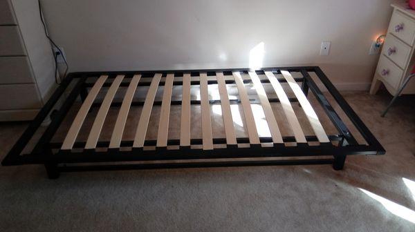 Black Metal Platform Bed
