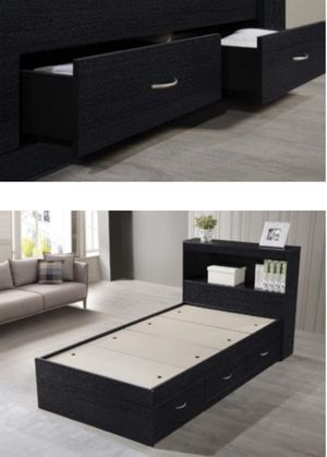Twin bed w/storage & shelf *NEW* for Sale in Brunswick, OH