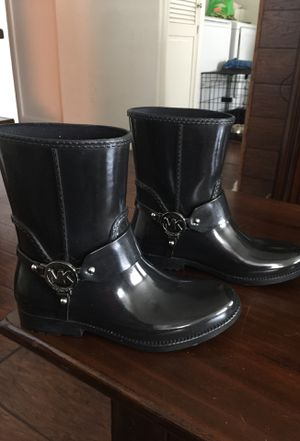 Rain boots size 7 Michael Kors for Sale in San Diego, CA