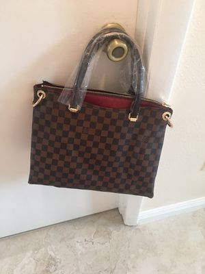 Beautiful purse for Sale in Palm Harbor, FL