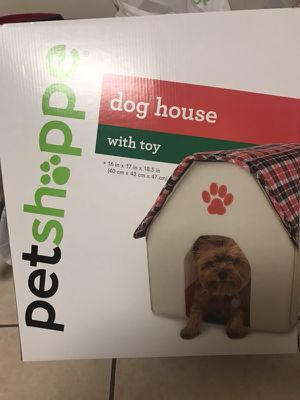Dog house for Sale in Lawrence, MA