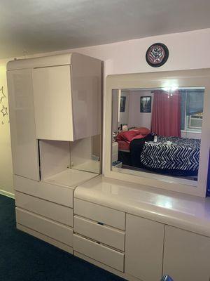 6 Piece Pink Bedroom Set for Sale in Jackson Township, NJ