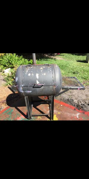 BBQ barbecue grill smoker for Sale in Tampa, FL