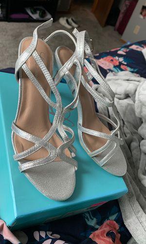 Silver L Lorraine Heels for Sale in Wichita, KS