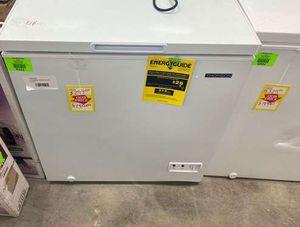 Thomson TFRF520 chest freezer 🥶🥶🥶 LS59 for Sale in San Bernardino, CA