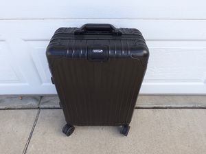 Brand new aluminum carryon - protective cover included for Sale in Irwindale, CA