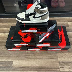 Jordan 1 Dark Mocha SIZE 5Y for Sale in Hawthorne, CA