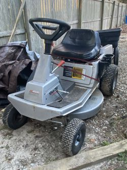 Craftsman Lawn Mower With Dump Cart for Sale in Brick Township,  NJ