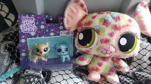Littlest Pet Shop 2pack & stuffed animal for Sale in West Chicago, IL