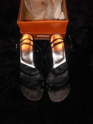 Worn Once Sz 10 BLK Satiny Sandals for Sale in La Verne, CA