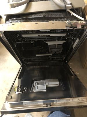 Dishwasher - Stainless for Sale in Houston, TX