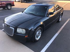 2007 CHRYSLER 300 2WD V6 for Sale in Chandler, AZ