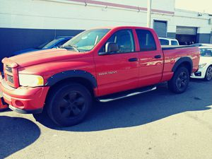 2003 Dodge Ram Quad cab 1500 for Sale in New York, NY