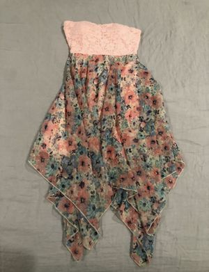 Strapless pink floral dress size M for Sale in Hayward, CA